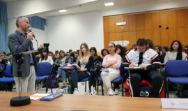 Eta-Manfredonia-Istituto-Notarangelo-Foggia-Incontro-Professor-Grosso-03
