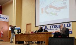Eta-Manfredonia-Istituto-Toniolo-Manfredonia-Incontro-Professor-Grosso-02